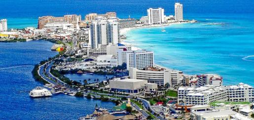 La península del Yucatán alberga el estado mexicano de Quintana Roo, el de mayor proliferación de hoteles de todo el país.