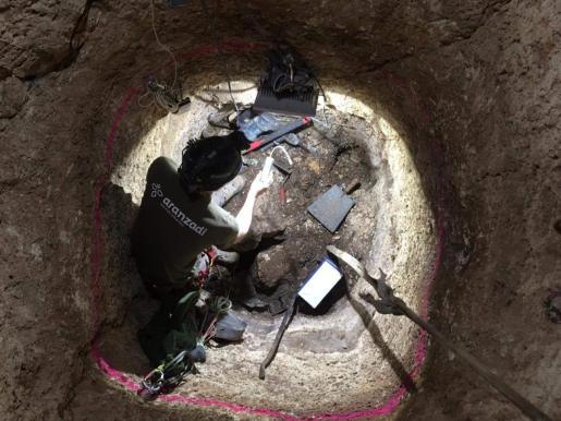 Interior del pozo en el momento de la excavación.