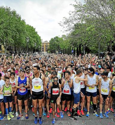 Imagen de la salida de la primera edición de la Mallorca RUHning 2018, el pasado año en la Avenida Antoni Maura de Palma.