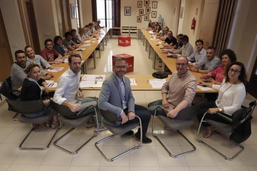 José Hila ha presidido la reunión de la ejecutiva del PSOE de Palma, que ha analizado el resultado de las elecciones municipales.