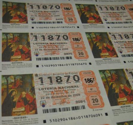 Imagen de archivo de unos décimos de lotería.