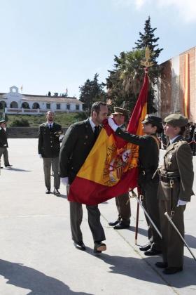 Imagen de archivo de José Ramón Bauzá jurando bandera en Camposoto.