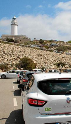 Durante los meses de julio y agosto de 2018 se probó por primera vez un plan piloto de restricciones a los vehículos privados a Formentor.