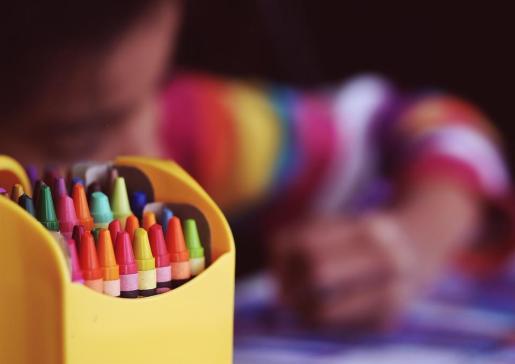 Con esta incorporación, desde inicio de la anterior legislatura, se habrán incorporado a los centros educativos casi 1.500 quinientos docentes, han resaltado.
