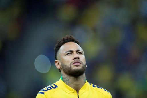 El jugador Neymar de Brasil .