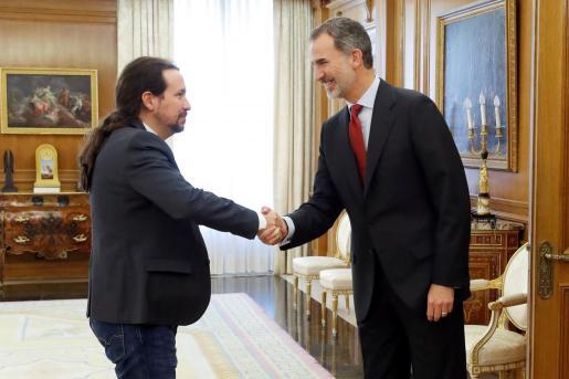El Rey ha recibido al líder de Podemos, Pablo Iglesias, en la ronda de consultas para la investidura.