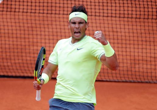 Rafa Nadal, tras ganar un tanto del partido que le ha dado el pase a la final de Roland Garros 2019.