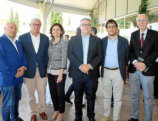 Josep Lluís Aguiló, Josep Lluís Roses, Paula Serra, Jesús Navarro, Iago Negueruela y Pedro Comas.