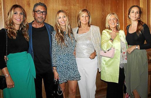 Paula Fuster, Pablo Fuster, Blanca Fuster, Maena Planas, Paula Fuster y Cristina de la Hoz.