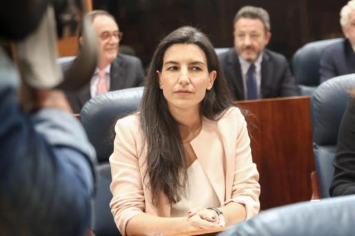 Imagen de la candidata a la presidencia de Madrid por Vox, en la sesión constitutiva de la Asamblea regional.
