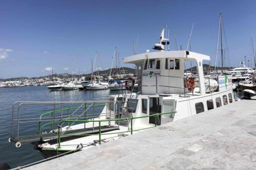 Imagen de una de las embarcaciones de Aquabus.