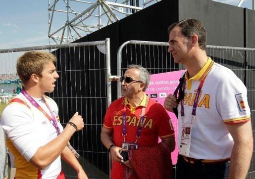 Sete Benavides junto a Felipe VI y Alejandro Blanco en los Juegos Olímpicos de Londres.