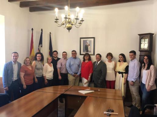 El equipo de gobierno de Algaida.