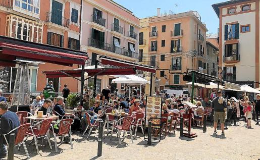 La plaza del Coll es una de las zonas de la capital balear donde hay más terrazas.