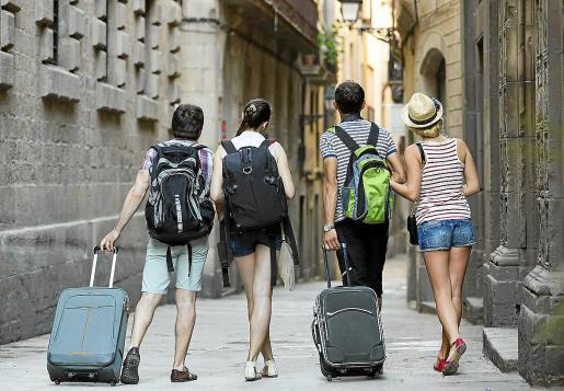 El alquiler turístico en pisos está prohibido en todo el término de Palma, de modo que los alquileres de estos inmuebles por días o semanas deben llevarse a cabo a través de un contrato que cumpla con la Ley de Arrendamientos Urbanos (LAU).