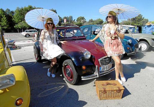 Concentración de 2 CV, este domingo en Mallorca Fashion Outlet.