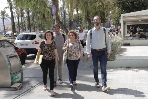 El principal escollo es que Més pide gestionar tres consellerias de un Govern de 12 departamentos. Imagen de archivo de los integrantes de la formación que participan en la negociación.