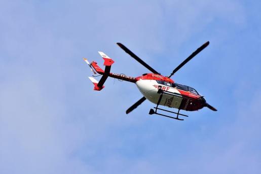 Los servicios sanitarios de urgencia, que movilizaron un helicóptero medicalizado con base en Ourense, no pudieron hacer nada por salvar la vida de la menor.