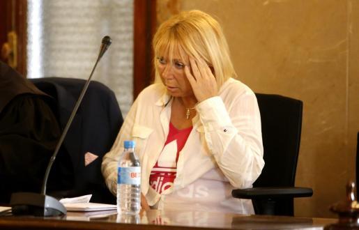 La mujer, durante el juicio.