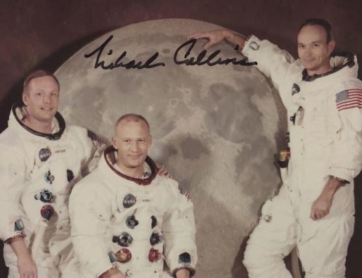 Foto de la tripulación del Apolo 11 hallada «en el fondo de una caja».