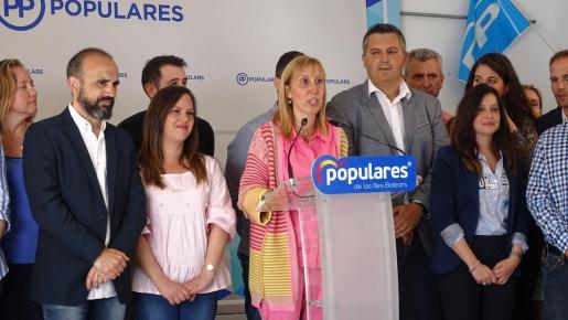 Catalina Soler durante la presentación de los integrantes de la lista del PP de Felanitx.
