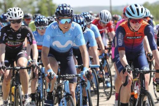 La ciclista mallorquina Mavi García (centro), en una reciente competición con el Movistar Team.