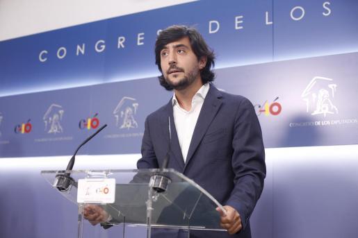 El portavoz de Economía de Ciudadanos, Toni Roldán, anuncia su dimisión.