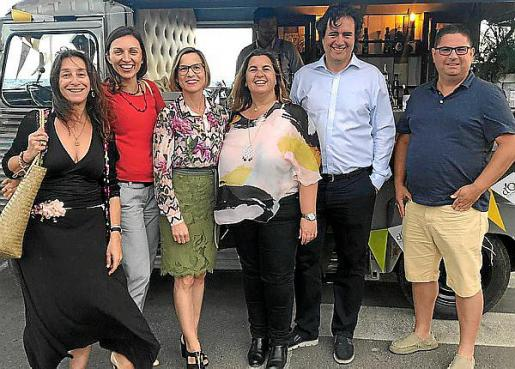 Pilar Arévalo, Esther Amorós, Cristina Pérez, María Tugores, Adriano Mayrata y Jaume Rovira.