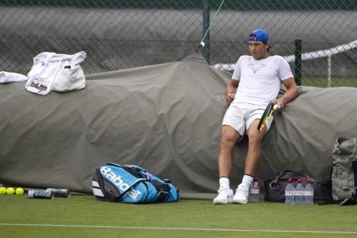 Rafael Nadal en el All England Lawn de Wimbledon.