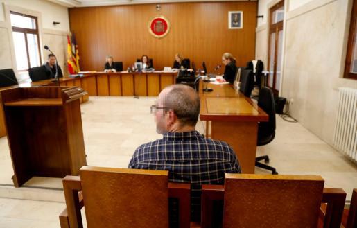El acusado se ha declarado culpable este miércoles en la Sección Segunda de la Audiencia Provincial de Palma de un delito contra la salud pública.