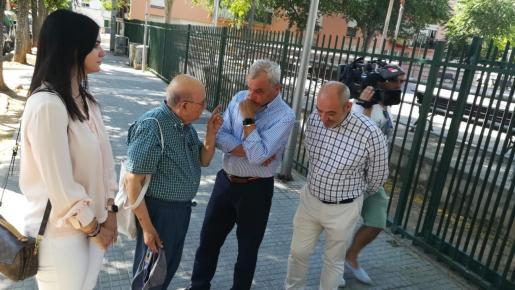 Fulgencio Coll durante su visita a Son Gotleu.