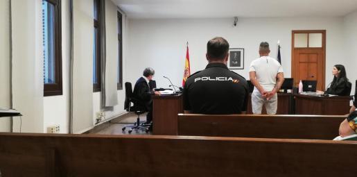 El procesado,este viernes, en un juzgado de lo Penal de Vía Alemania de Palma.