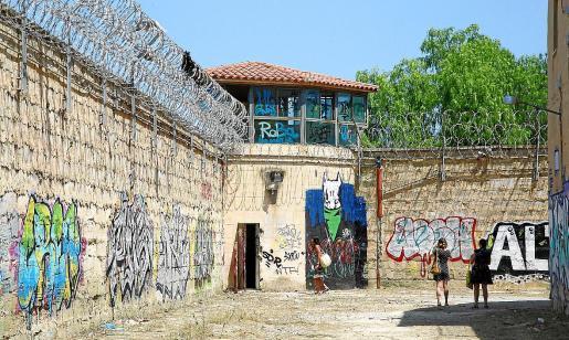 Imagen del foso de la antigua prisión de Palma, donde ya se han realizado actividades culturales.