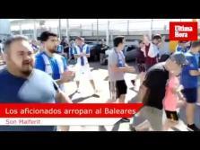 La afición arropa al Atlético Baleares en el entrenamiento