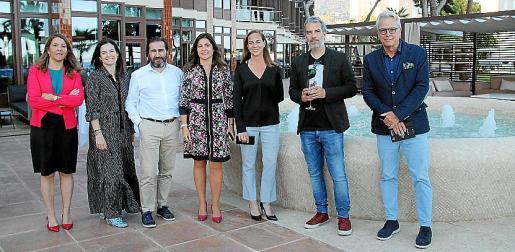 Maria Umbert, Cati de Juan, Nacho Salas, Natalia Seoane, Jessica Cassany, Xavier Nicolau y Álvaro Sans.