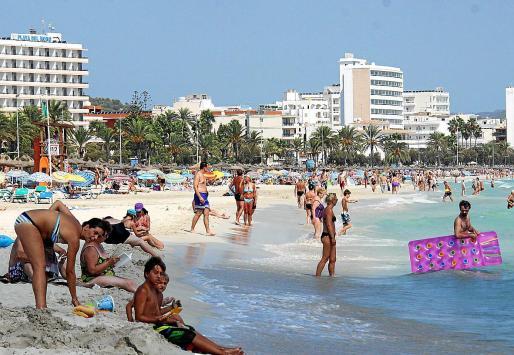 La ocupación hotelera en Mallorca es inferior a la del pasado año por la caída de las ventas y la demanda de los principales mercados emisores.