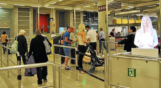 El último incidente lingüístico denunciado tuvo lugar en el aeropuerto.