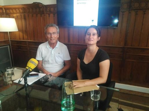 Jaume Garau, secretario de Palma XXI, y Carlota Cabeza, una de las autoras del estudio.