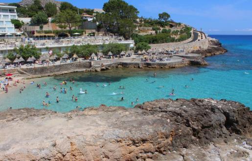 Vista de una playa de Cala Sant Vicenç.