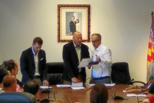 El alcalde de Binissalem, Victor Martí, en el pleno en que fue reelegido el pasado 15 de junio.