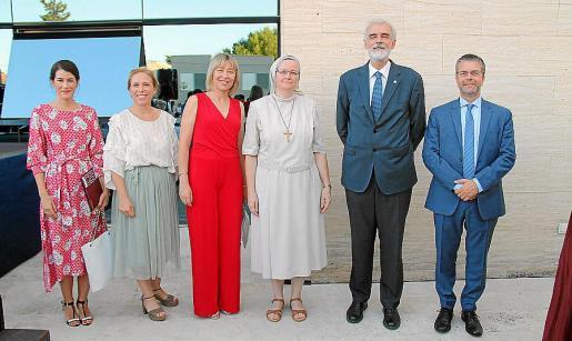 Loreto Gútiez, María Magdalena Cortés, Maria Antònia Puigrós, Julia Violero, Julio Martínez y Juan José Montaña.