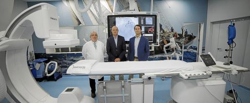 Los doctores Bartolomé Ribas, Alfredo Gómez y Miguel Casares.