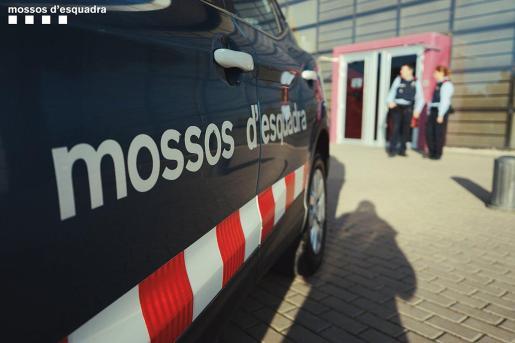 La policía autonómica investiga este suceso en la capital catalana.