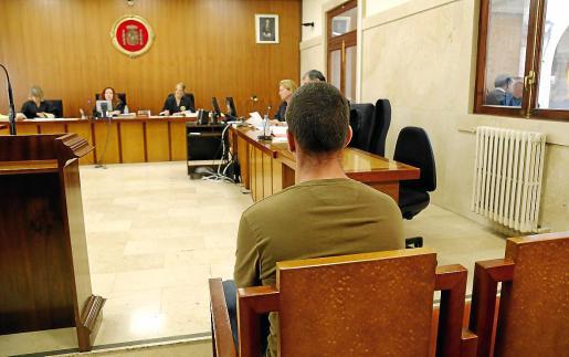 El acusado, de 32 años, este jueves en el banquillo de la Audiencia de Palma