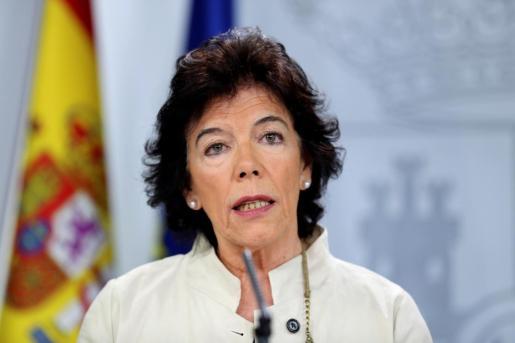 Este real decreto «llega casi un mes antes» que el del año pasado, señaló la portavoz del Ejecutivo y ministra de Educación y Formación Profesional en funciones, Isabel Celaá.