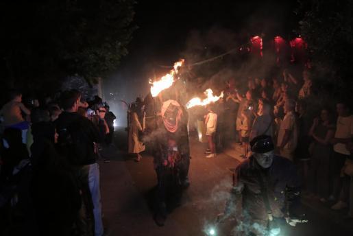 Imagen de archivo de un 'correfoc' de las fiestas de Sant Bernat en La Real.