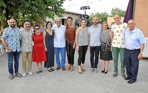 La familia Majoral al completo: Andreu, Joan, Antònia, Mireia, Andreu, Teresa, Joana, Celestí, Maria, Pere y Michel.