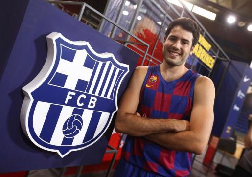 El escolta Alex Abrines, ex Oklahoma City Thunder de la NBA, durante su presentación como nuevo jugador del FC Barcelona.
