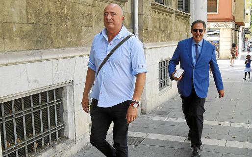 El fiscal Miguel Ángel Subirán y el juez Manuel Penalva han pedido personarse.