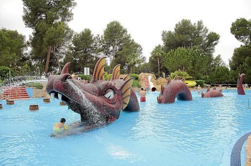 Los tocamientos se produjeron en la piscina de un parque acuático de Isla.